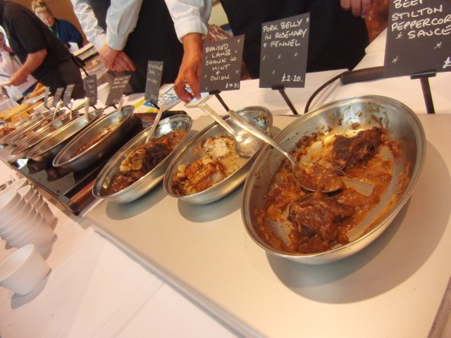 Hot foods tasting at MKG Extravaganza 2013