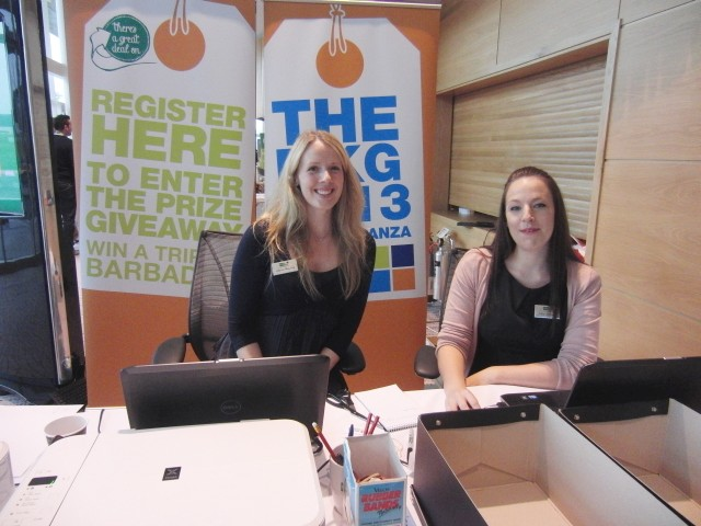 Friendly reception at MKG Extravaganza 2013
